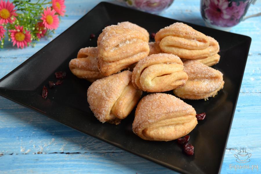 Вкуснейшее печенье подать с чашечкой кофе, чашкой какао или молока. Приятного аппетита.