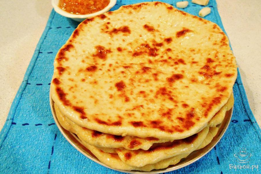 Индийские лепешки Наан с чесноком - пошаговый рецепт с фото