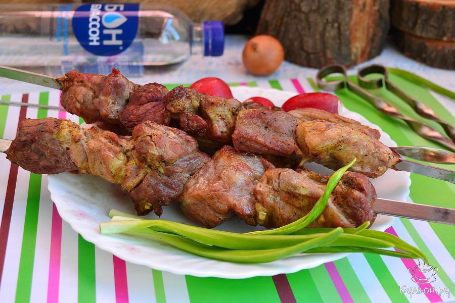 Шашлык из свинины 2 кг с уксусом