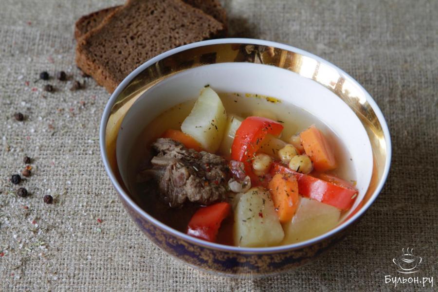 Узбекский суп Шурпа из баранины с нутом