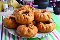 Как приготовить: татарские пирожки вак бэлиш. Готовые пирожки вак бэлиш подавать к столу в горячем виде. Приятного аппетита.